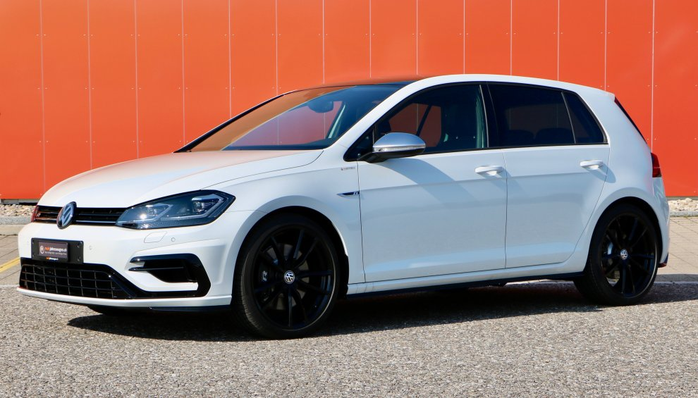Volkswagen Golf R 2.0TSI 4motion DSG